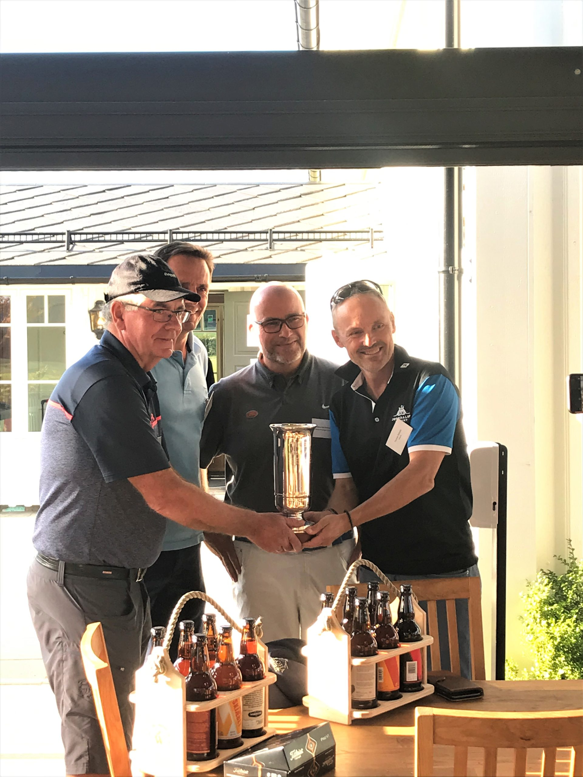 Årets vinnere! Thomas Selbekk fra Oliasoft og Tom Levorstad fra Hydac